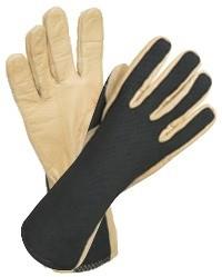 Vlamboogbestendige handschoenen voor schakelwerkzaamheden