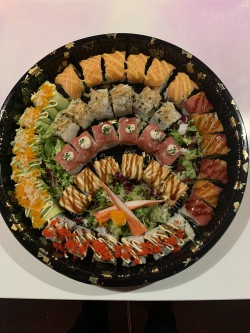 Sushi Box Deluxe (42st)