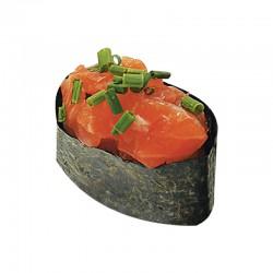Salmon tartar gunkan