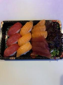 Nigiri/sashimi box (12 st)