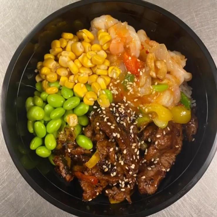 Cashew Shrimp & Black Pepper Beef   宫虾&黑牛煲